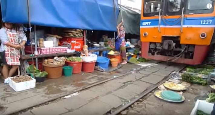gambar pasar maeklong